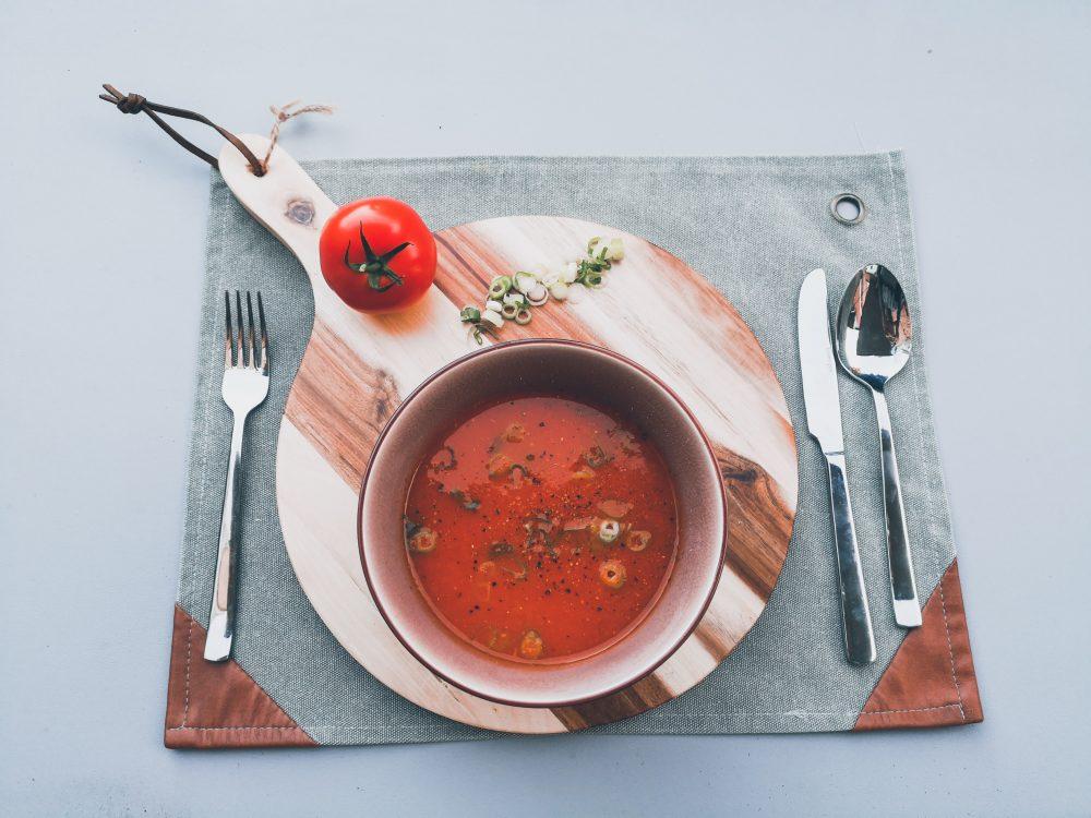 Verse tomatensoep met balletjes