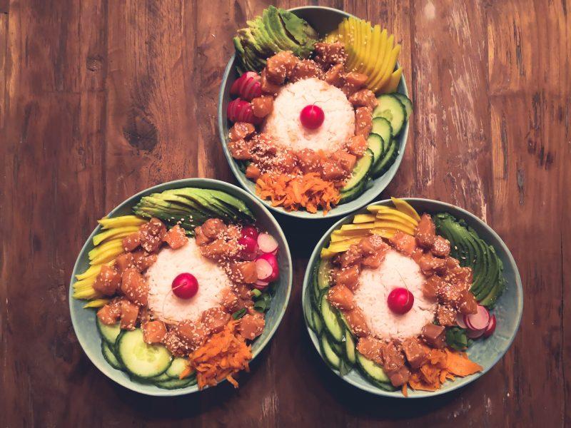 Gezond én vers: de pokébowl met tonijn
