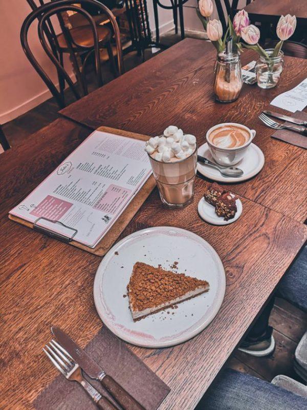 Artisanale taart en heerlijke koffie bij Julie's House in Gent!
